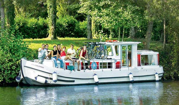 We have boats to suit all groups and budget