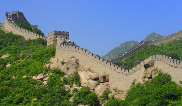 See the Great Wall of China on a Yangtze river cruise